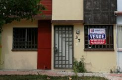 RCV 154 CASA EN VENTA FRACCIONAMIENTO BICENTENARIO / CASAS GEO